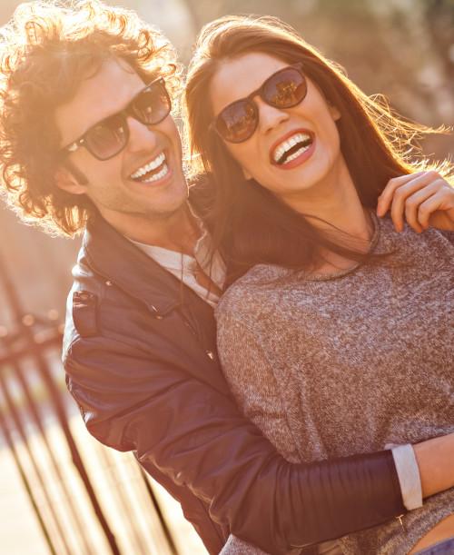 Sonnenbrillen bei Augenoptik Erzberger